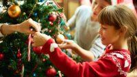Aralık Ayının En Keyifli Aktivitesi Çocuklarla Çam Ağacı Süsleme