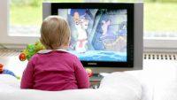 Bebeğin Gelişimi: Televizyon Bebeğin Gelişimini Nasıl Etkiliyor?