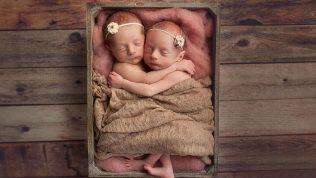İkiz Bebekler ve Kardeşlerinin Fotoğrafları İçinizi Isıtacak!