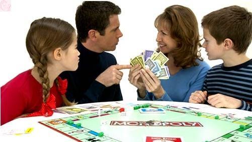 ailece-oyun-oynamak