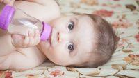 Bebeklere Su İçirilmeli midir?