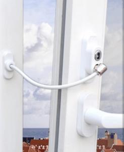 pencere bebek güvenliği