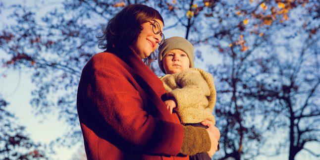 Anneler Niçin Bebeklerini Sol Tarafta Taşımayı Tercih Eder ?