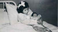 5 Yaşında Anne Oldu!!