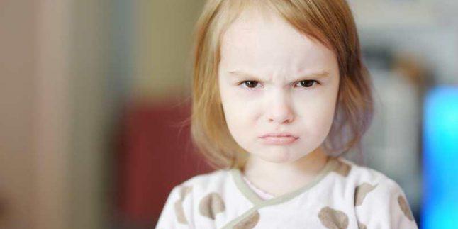 2 Yaş Sendromu Nedir? | Çocuk Gelişimi Uzmanı Safiye Kılıç Metin