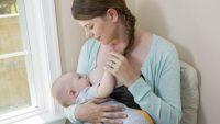 Yeni Doğan Bebekler Günde Ne Kadar Süt İçer?